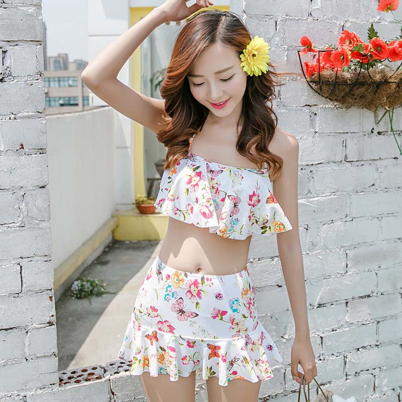 Two piece sexy Halter Flat angle Small chest High waist