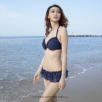 Attractive Three piece Retro Sleeveless Sweetheart Deep V-Neck strap Tie Dark blue Swim type Halter fit waist Trendy design Micro two layer bottom length outdoor Swimsuit